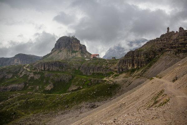 The Lavaredo mountain hut