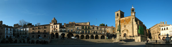 Panorama of the Plaza Mayor  (Photo Credit By Elemaki)
