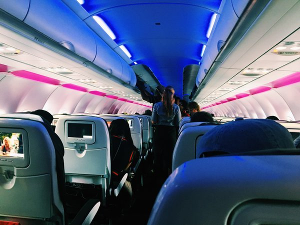 Virgin America Flight into Ronald Reagan